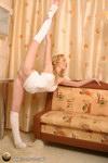 nude female ballet