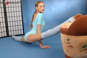 flexible naked teens