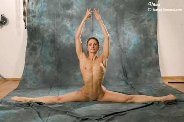 naked flexible yoga girl