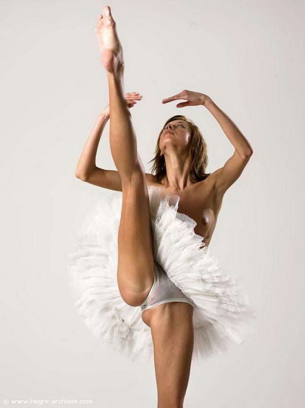 flexibility girl pics vids