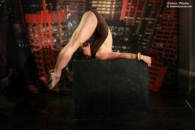 ballerina stories dancing nude