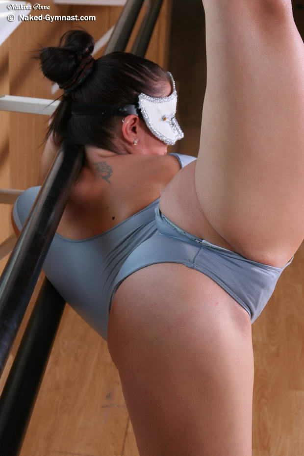 flexible women wrestling