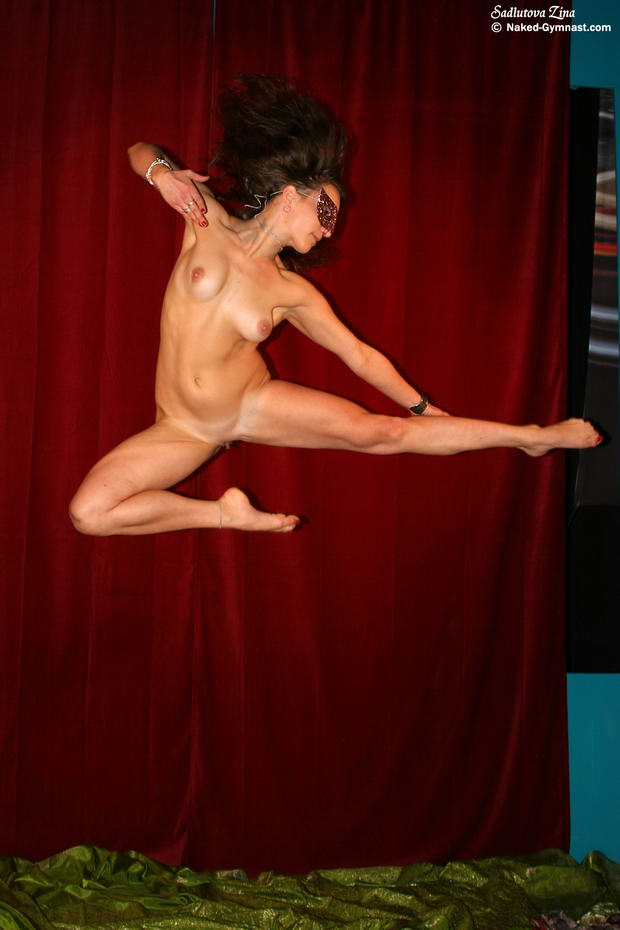 nude ballet dancing video