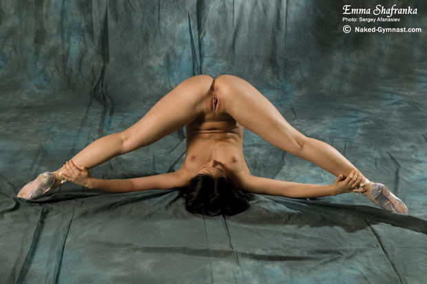 flexible girls with porn toys